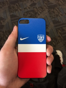 Must represent support for USA men's World Cup team